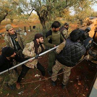 İdlib'den son dakika haberi: Stratejik köy olan Neyrab muhalifler tarafından ele geçirildi