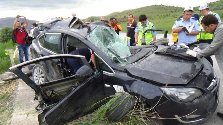 Erzincan'da katliam gibi kaza: 5 ölü