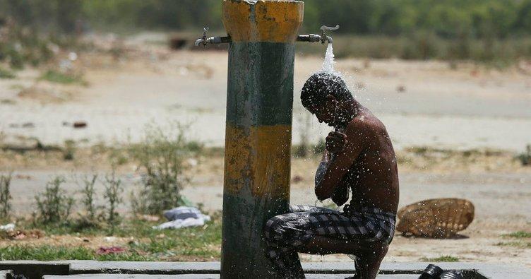 Hindistan'da aşırı sıcaklardan 167 kişi hayatını kaybetti