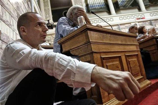 Yunan Maliye Bakanının çaresizliği