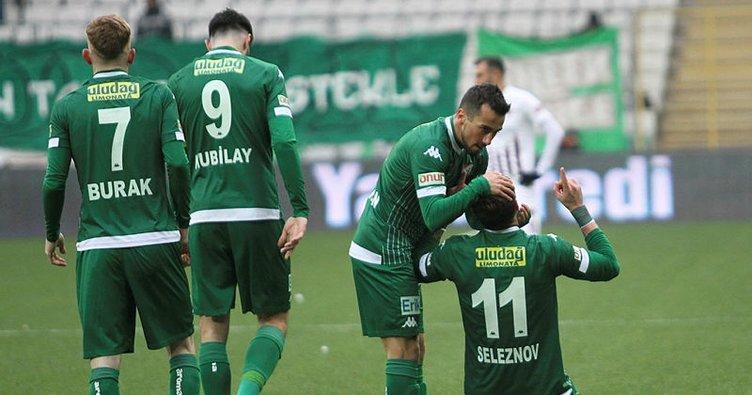 Bursaspor Giresun deplasmanında tek golle kazandı! Giresunspor 1-0 Bursaspor MAÇ SONUCU