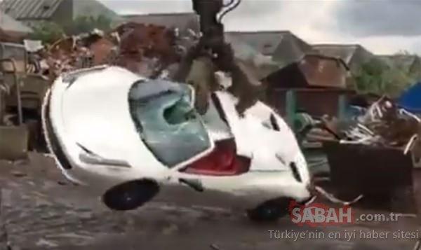 Polisler Ferrari'sini parçaladı!