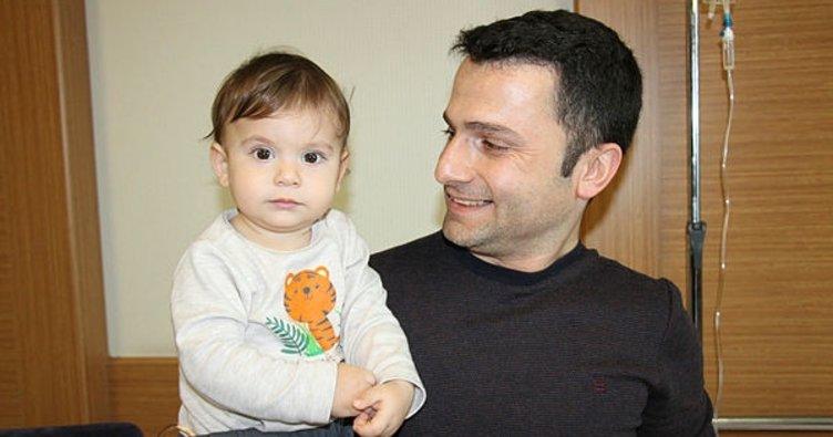 14 aylık bebeğin böbreğinde bir santimetrelik taş çıktı