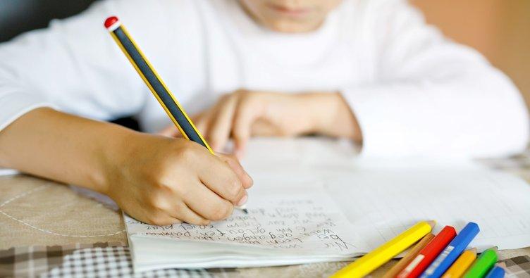 Kıl dönmesi hareketsiz yaşamdan dolayı çocukları da artık etkiliyor