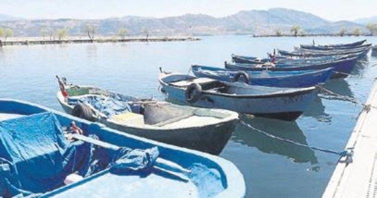 Su ürünlerinde av yasağı başladı
