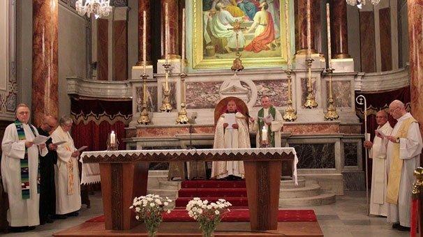 Vatikan'ın kararı İstanbul'daki cemaati ayağa kaldırdı!