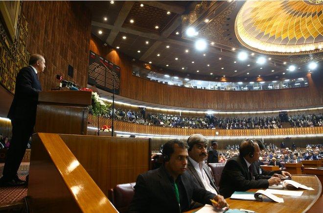 erdoğan pakistan parlamentosu sabah ile ilgili görsel sonucu