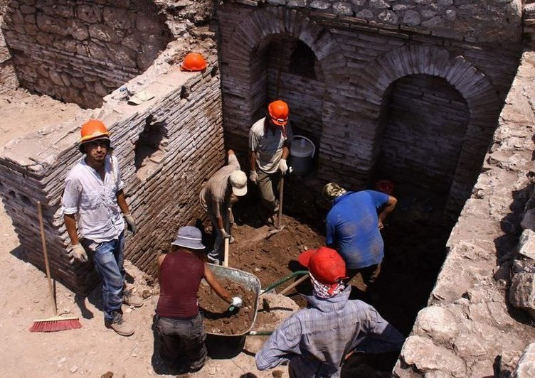 Myra Andriake kazıları