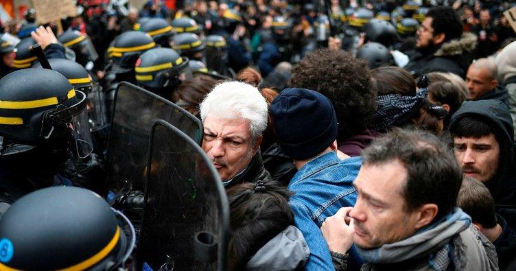 Fransa karıştı! Macron karşıtı gösteriler düzenlendi
