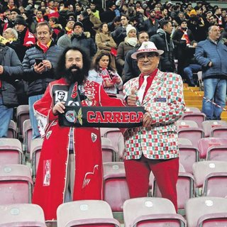 Türk Telekom doldu Galatasaray para bastı