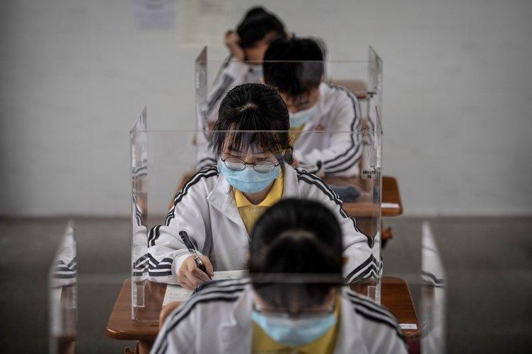 Koronavirüs orada ortaya çıkmıştı | Vuhan'da okullar açıldı