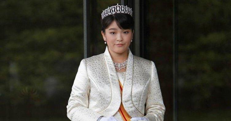 Prenses aşkı için kraliyet haklarından vazgeçiyor
