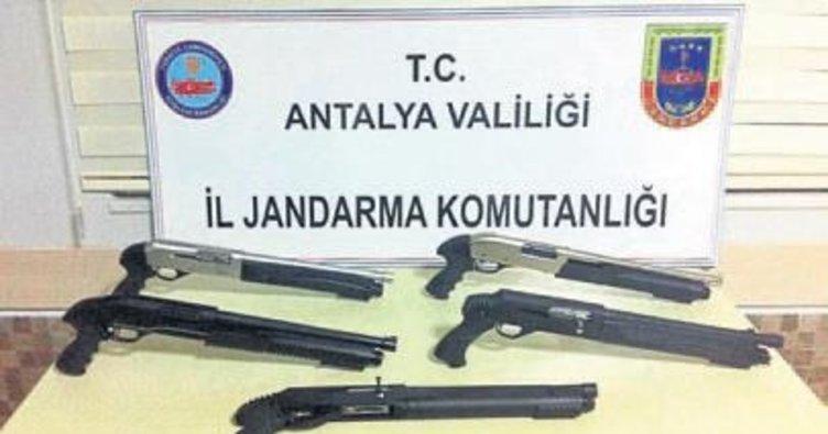 Jandarmadan tüfek operasyonu