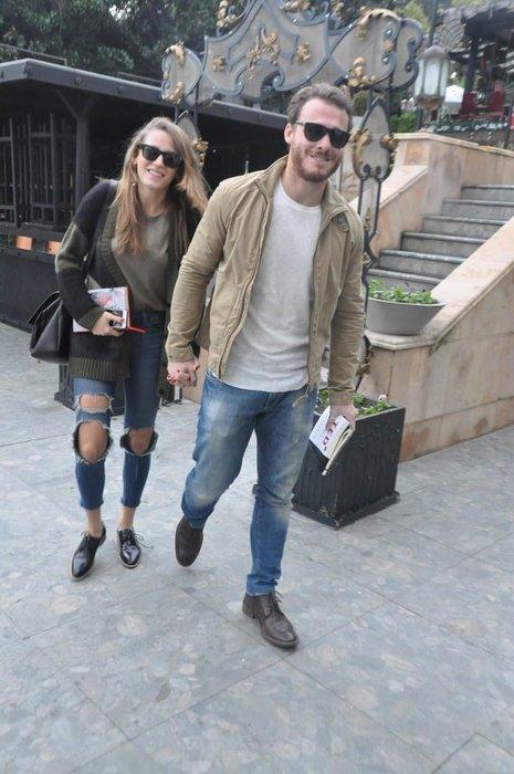 Serenay Sarıkaya ve Kerem Bürsin imzayı attı