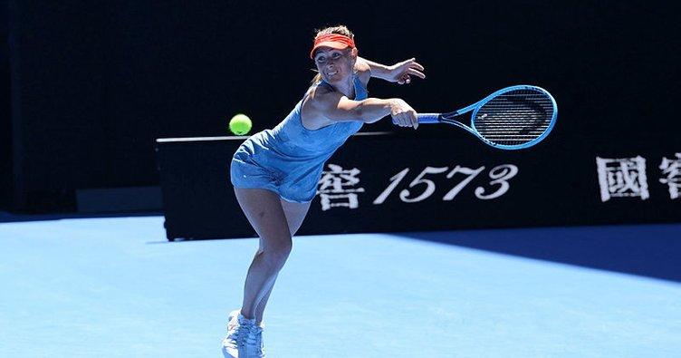 Sharapova'dan Avustralya Açık'a veda