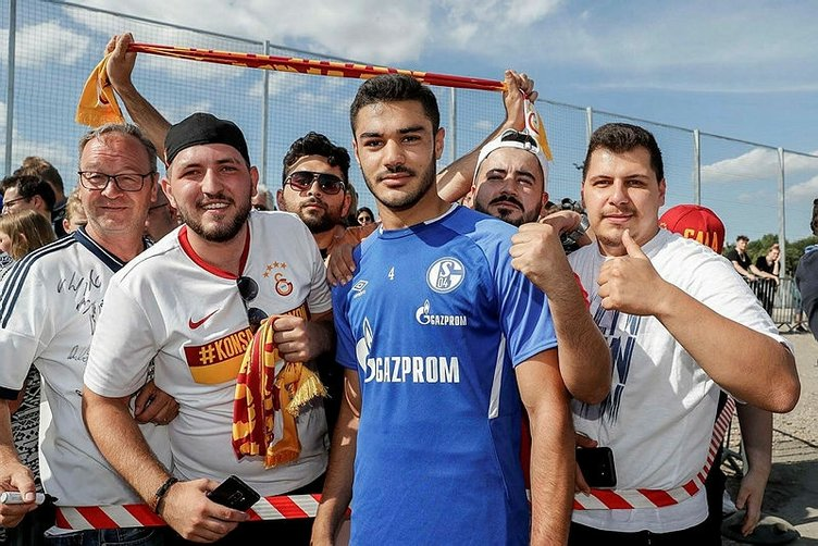 Schalke'de Ozan Kabak rüzgarı