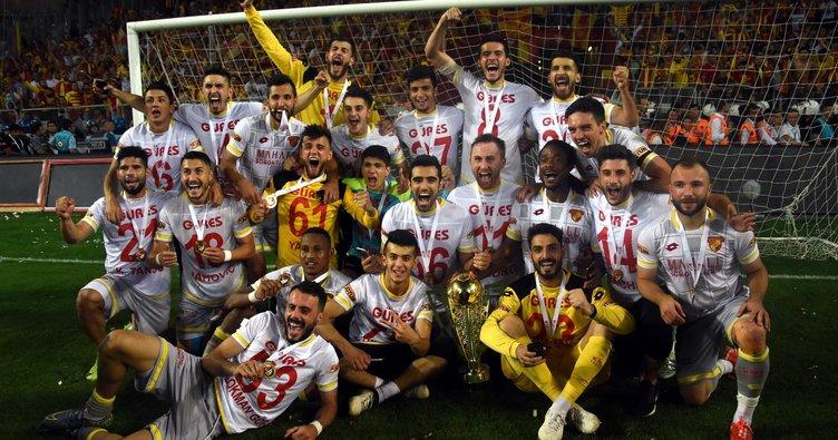 Göztepe'yi Süper Lig'e çıkaran kadro dağılıyor