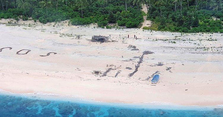 Pasifikteki kayıp denizciler, kumsala yazdıkları ''SOS'' mesajı sayesinde kurtuldu