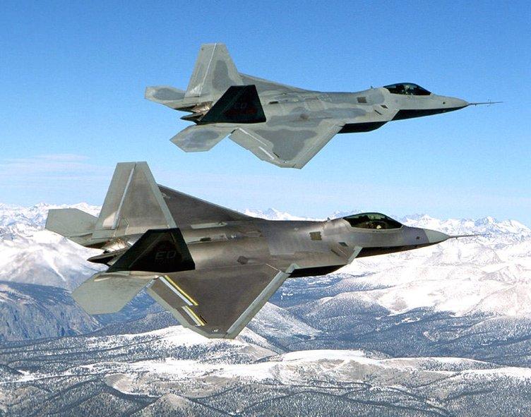 F-22 Raptor: Yırtıcı Kuş