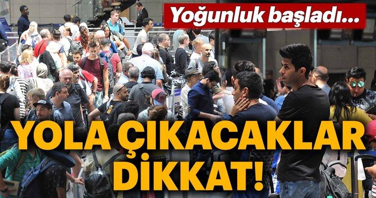 Atatürk Havalimanı'nda Ramazan Bayramı hareketliliği