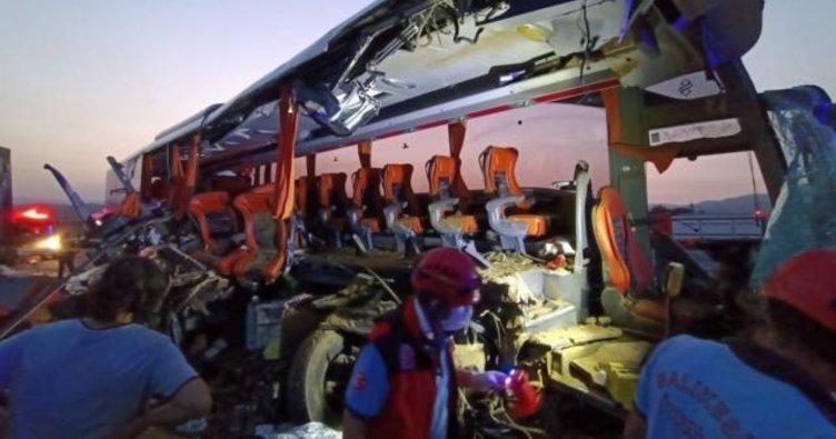 Son dakika: Manisa'da katliam gibi kaza! 9 ölü 30 yaralı