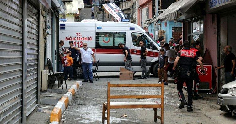Beyoğlu'nda iki grup arasında çatışma: 3 yaralı!