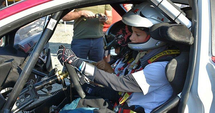 Burcu Çetinkaya, Dünya Ralli Şampiyonası öncesi test sürüşünü yaptı