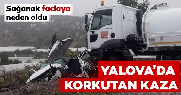 Yalova'da kontrolden çıkan vidanjör 3 araca çarptı: 5 yaralı