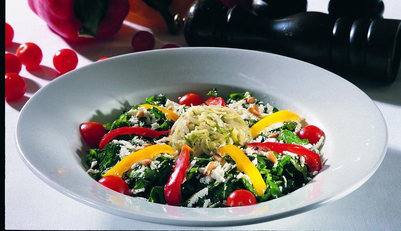 Rezeneli Keçi Peyniri Salatası