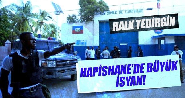 Haiti'de 100'den fazla mahkûm kaçtı