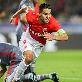 Galatasaray'dan Radamel Falcao transferinde bonservis tepkisi