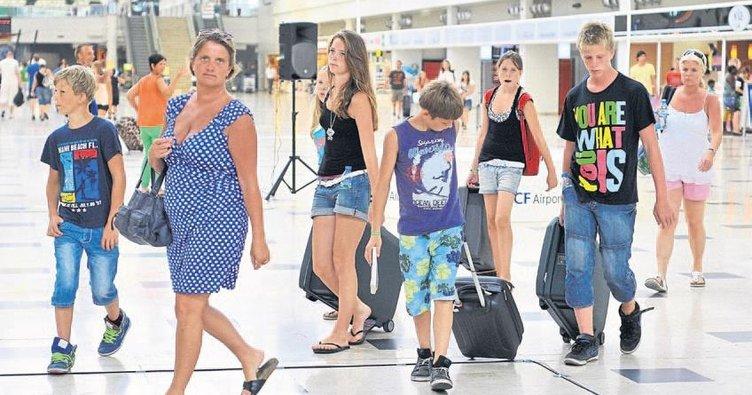 Antalya'ya turist yağdı