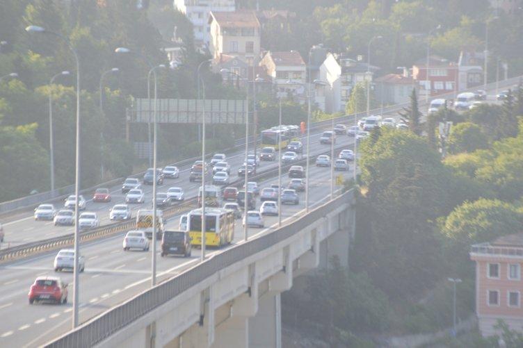 İstanbul'dan son dakika görüntüleri! Trafik yoğunluğu arttı