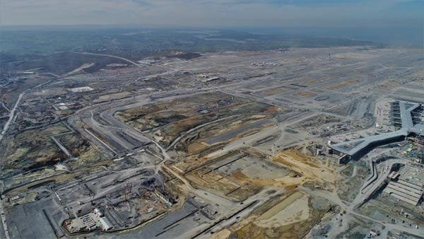 3. Havalimanı inşaatında yükselen yeni yapı merak uyandırdı