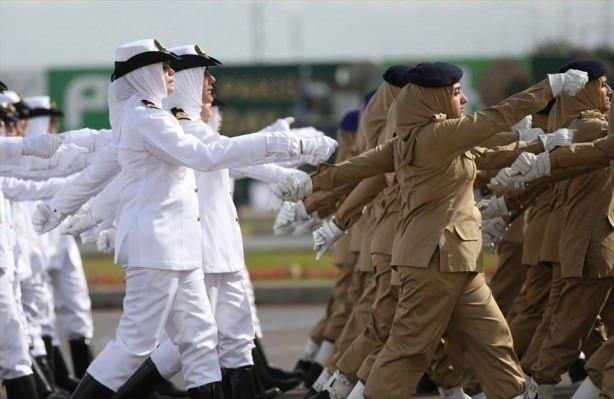 Pakistan Milli gününü kutluyor