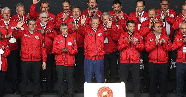 Başkan Erdoğan'dan TEKNOFEST'te gençlere mesaj! 2053 ve 2071 Türkiye'sinin mimarları olacaklar