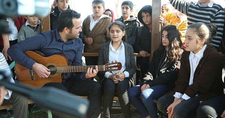 Silopili öğrenciler Afrin için söyledi