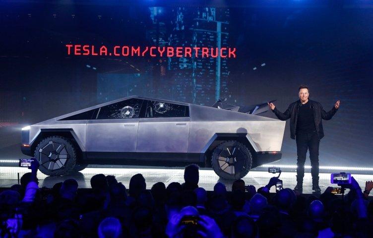 Elon Musk resmen açıkladı! Bu seneye yetişmeyecek!