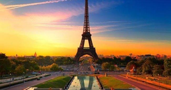 Fransız saldırgan intihar etti