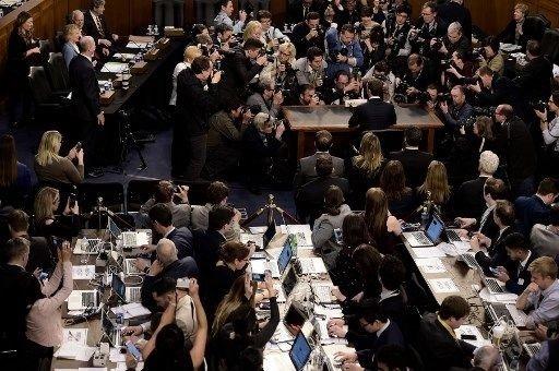 Facebook CEO'su Zuckerberg ABD'de ifade verdi!