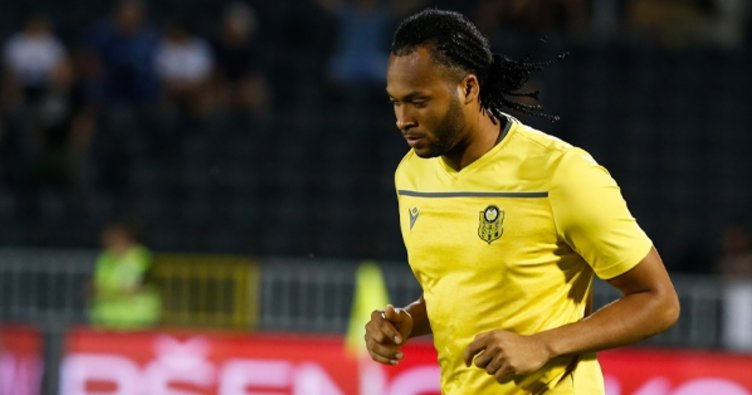 Yeni Malatyasporlu Mina: Falcao'ya karşı oynamak zor