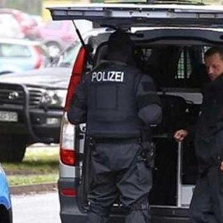 Berlin'de şüpheli paket alarmı