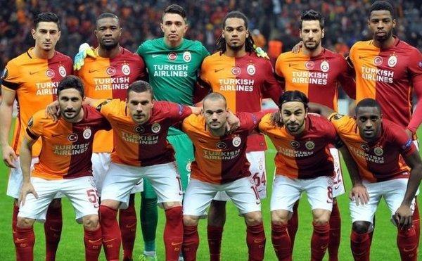 Galatasaray'da 16 isim yeni sezon kadrosunda düşünülmüyor