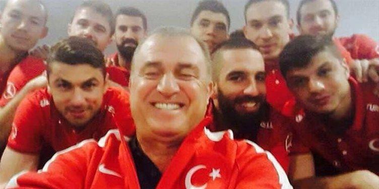 Milli Takım'dan selfie pozu