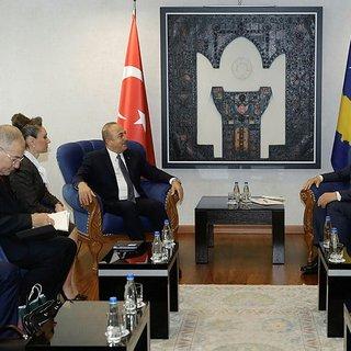 Çavuşoğlu, Kosova Başbakanı Haradinay ile bir araya geldi