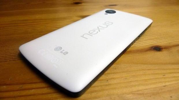 Galaxy S5'in en güçlü rakipleri