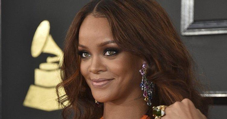 Snapchat'e özür dileten Rihanna'lı reklam