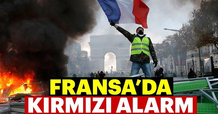 Başkent Paris'te kırmızı alarm
