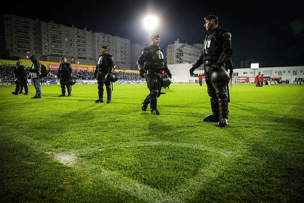 Estoril - Porto maçında faciadan dönüldü!