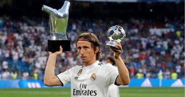 2020-2021 sezonu sonunda birçok yıldız serbest kalacak! Messi, Aguero, Modric ve Hakan Çalhanoğlu o listede...